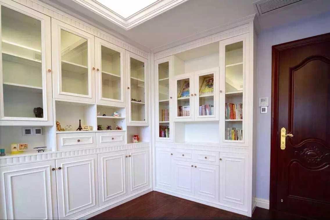 欧式 混搭 书房图片来自有家装饰费欢在【有家装饰】新古典欧式风格实景的分享
