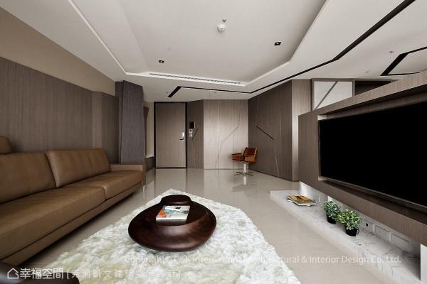 以钻石切割手法为设计概念,从玄关起始,可看见简练利落的线条造型爬满空间角落,创造丰富的视觉效果。