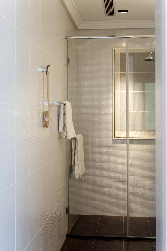 卫生间图片来自成都家和装饰在极简的绘画的分享