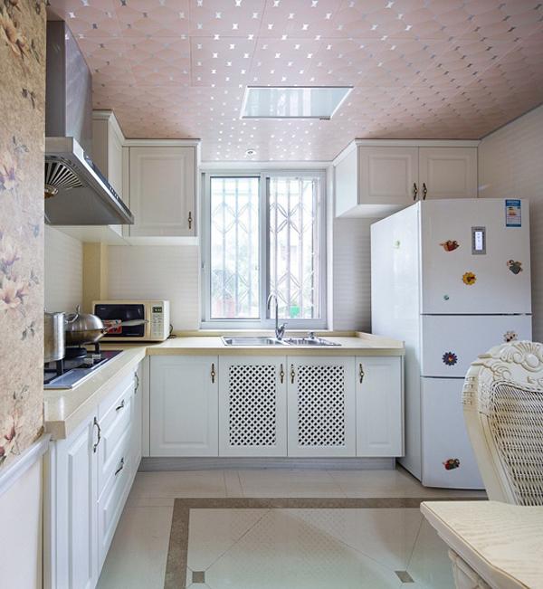 田园 厨房图片来自四川岚庭装饰工程有限公司在80平简欧田园混搭风二室一厅的分享