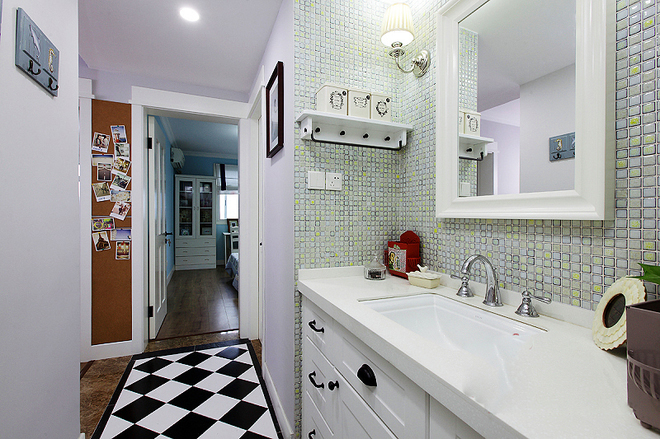 卫生间图片来自四川岚庭装饰工程有限公司在美式二居室的分享