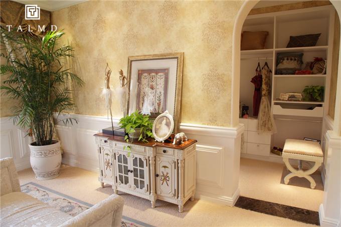 欧式 别墅家具 整屋定制 四居室 客厅图片来自TALMD图迈家居在【TALMD案例】法式·迪亚春天别墅的分享