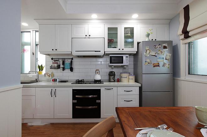 厨房图片来自四川岚庭装饰工程有限公司在美式二居室的分享