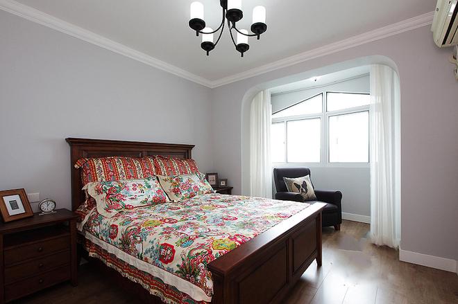 卧室图片来自四川岚庭装饰工程有限公司在美式二居室的分享