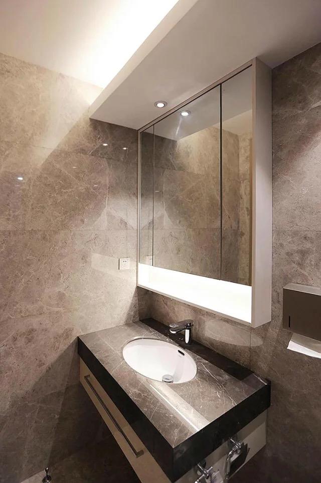 简约 二居 三居 134平米 亚泰津澜 卫生间图片来自天津荣欣弘馆工程有限公司在亚泰津澜134平米后现代风格装修的分享