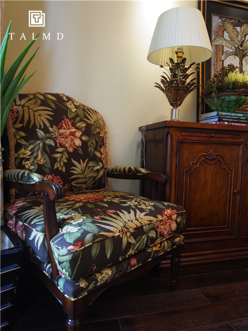 两居室 休闲美式 高端家具定 卧室图片来自TALMD图迈家居在【TALMD案例】美式风格·红树湾的分享