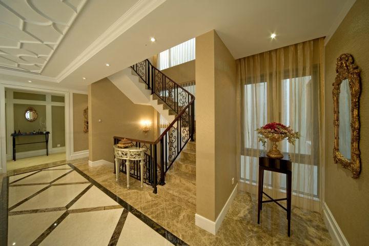 龙城一号 280平米 古典欧式 别墅 楼梯图片来自cdxblzs在龙城一号 280平米 古典欧式 别墅的分享