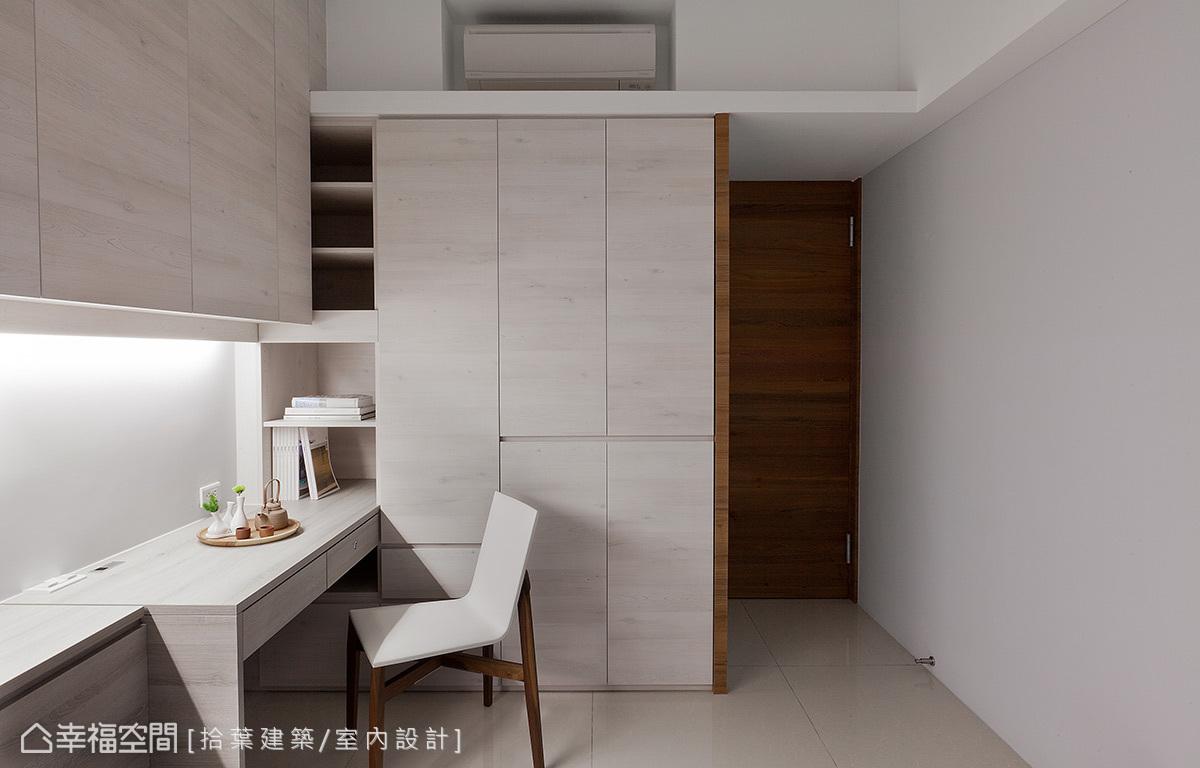 现代 写意 三局 人文 雅居 混搭 小资 卧室图片来自幸福空间在写意恬静 85平诠释人文之雅居的分享