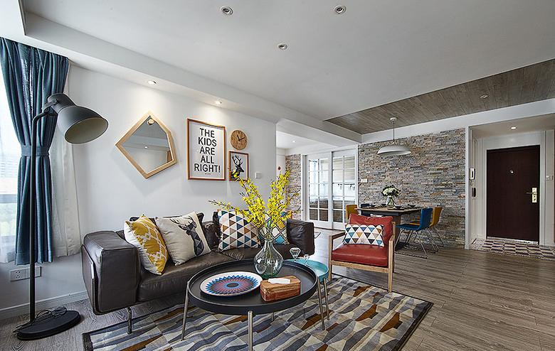 客厅图片来自家装大管家在温馨明朗140平现代北欧4居室的分享