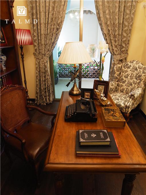两居室 休闲美式 高端家具 书房图片来自TALMD图迈家居在【TALMD案例】美式风格·红树湾的分享