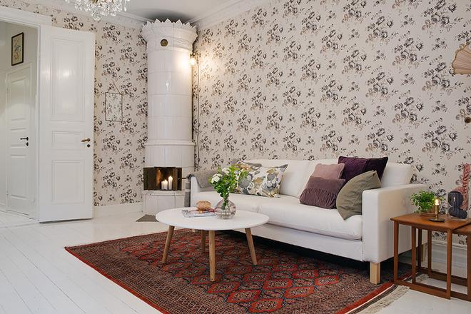 客厅图片来自四川岚庭装饰工程有限公司在80平米童话世界 世纪梦幻三居的分享