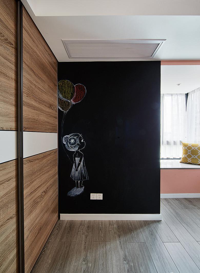 儿童房图片来自家装大管家在温馨明朗140平现代北欧4居室的分享