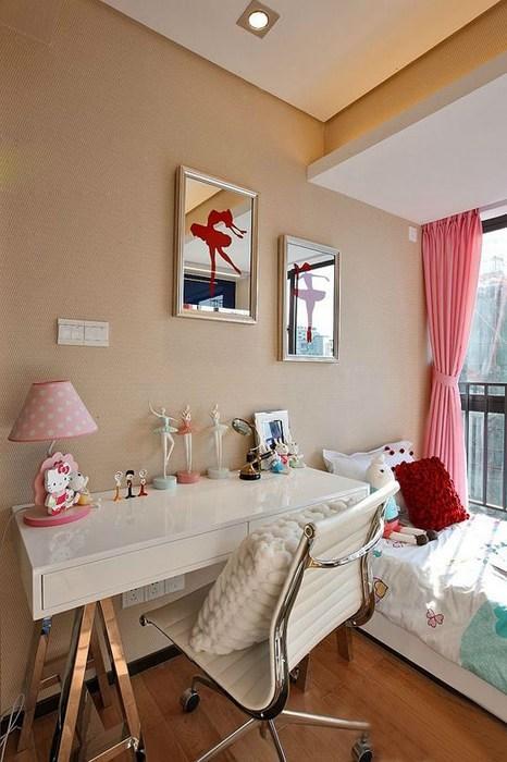 卧室图片来自四川岚庭装饰工程有限公司在现代风格三居室装修效果图的分享