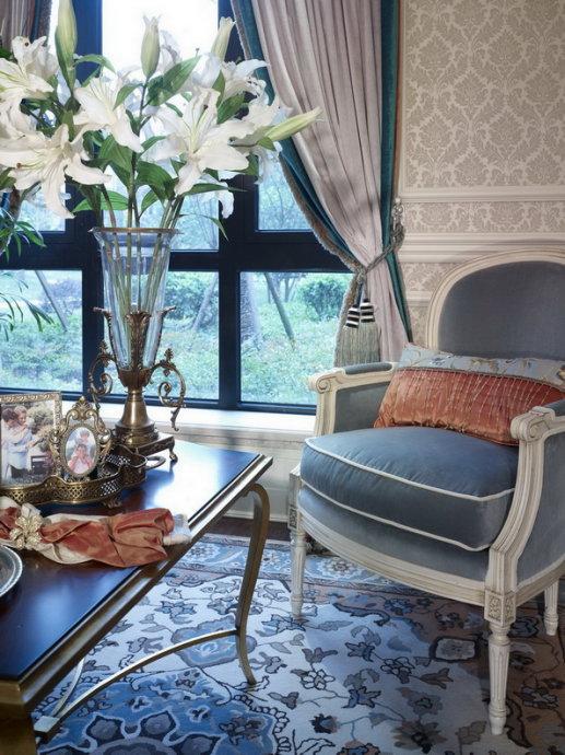 小资 白领 客厅图片来自武汉豪迪装饰公司在尚湖熙园 东南亚风格美房的分享