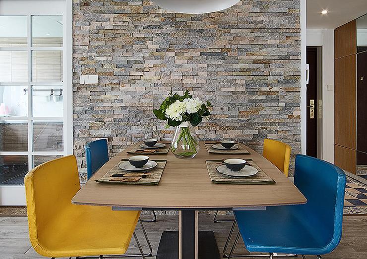 简约 欧式 三居 阳光房 餐厅图片来自佰辰生活装饰在舒适阳光房 140平北欧简约风的分享