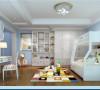 儿童房选择的是高低床,冷色调的选择给人一种安静的氛围。