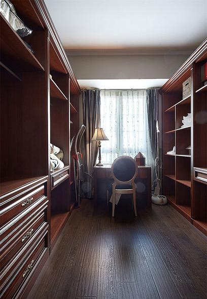 书房图片来自家装大管家在最美139平美式风格 恬淡中小清新的分享