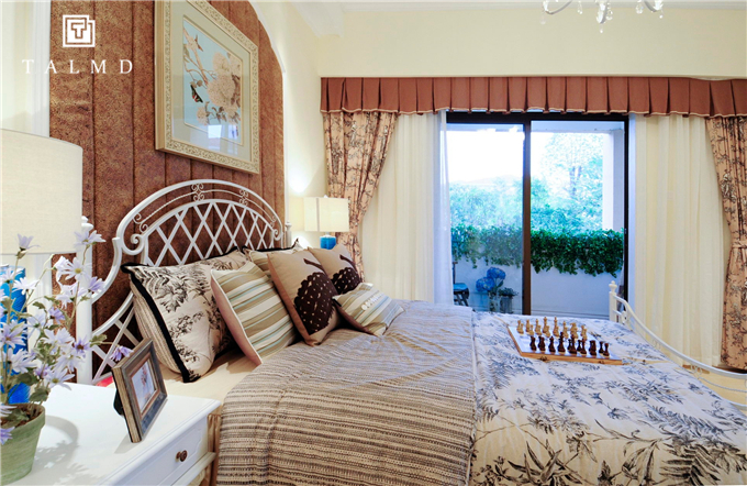 五居室 地中海 家具定制 卧室图片来自TALMD图迈家居在【TALMD案例】地中海·佛冈奥园的分享