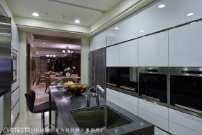 三居 大户型 新古典 小资 简约 厨房图片来自幸福空间在456平奢华 新古典精品尊邸的分享