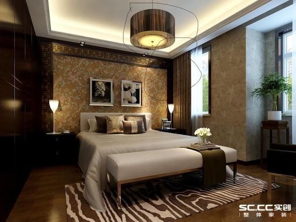 卧室整体基调与客厅呼应,简洁的壁纸与吊顶线条,配木色家具营造一个温馨的卧室