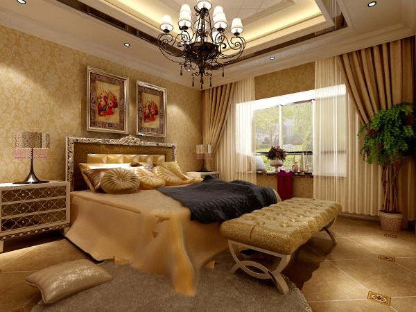 卧室缀以交叠造型的吊灯、配以花纹繁复的壁纸、垂直暖色窗帘就像过片场,让心中的梦想理性绽放,更以视觉上被赋以缓慢流动的意向气质化解空间冰冷的印象,在和谐色调组合配置中,使整体呼应一致,突出艺术的气息