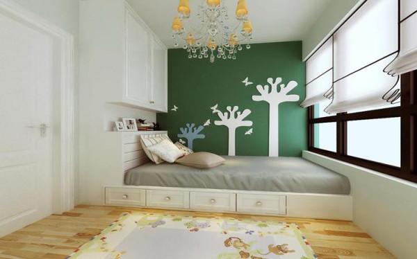 儿童房设计: 儿童房的布局不失功能性的体现,同时该案对空间做出很大的利用,后期为孩子留出了足够的玩耍空间。