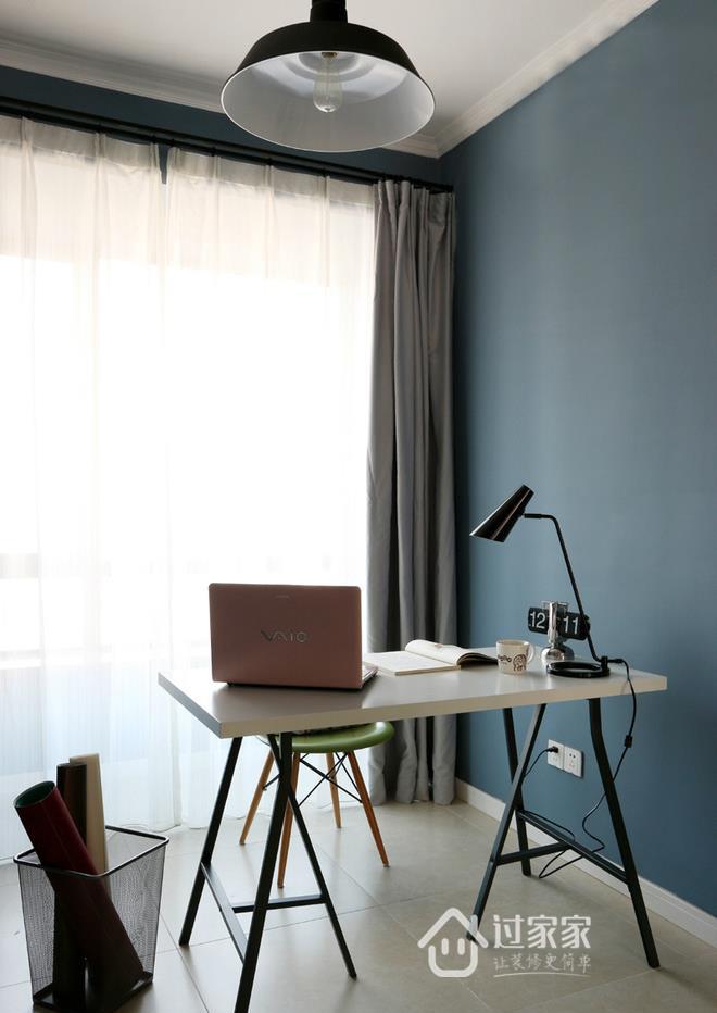 三居 80后 小资 书房图片来自过家家装饰在三室两厅简约风格 干净小清新的分享