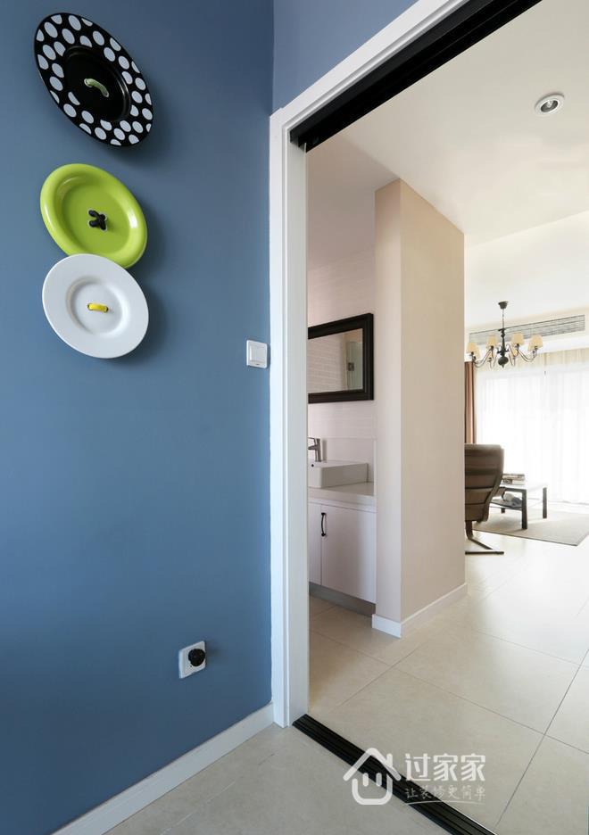 三居 80后 小资 玄关图片来自过家家装饰在三室两厅简约风格 干净小清新的分享