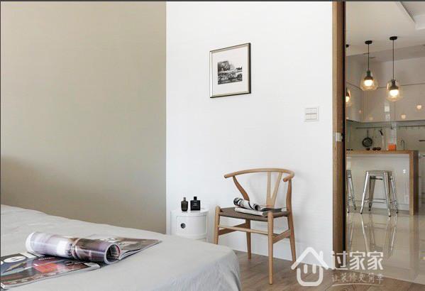 简约 二居 80后 小资 客厅图片来自过家家装饰在两居室 疗愈自然的放松空间的分享