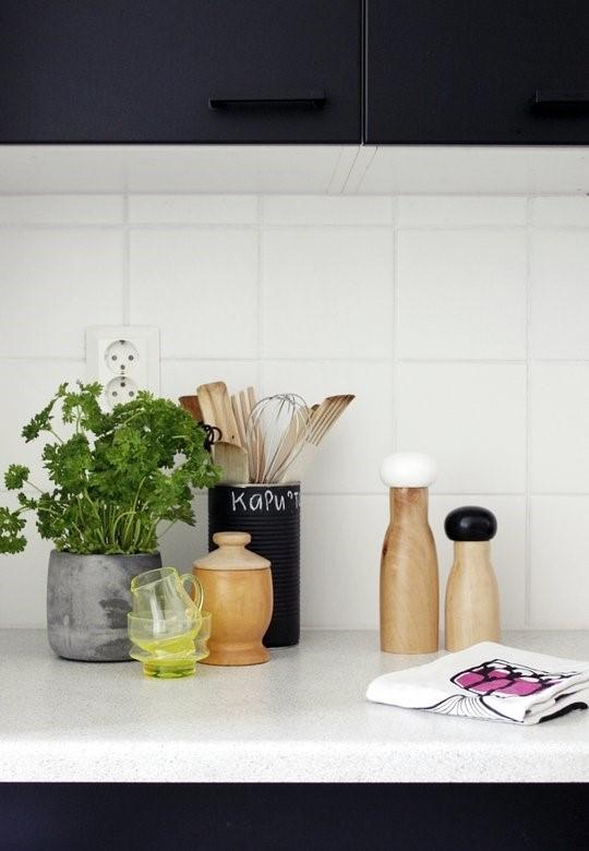 简约 欧式 二居 客厅 卧室 厨房 餐厅 收纳 旧房改造图片来自Una在简之灵—北欧风格的分享