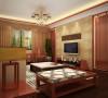 一整面复古而又大气的中式木格电视背景墙。配有时尚新中式的家具,让人有一种风韵之后的精致美。