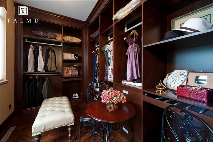 新中式 四居室 家具定制 整屋定制 旧房改造 衣帽间图片来自TALMD图迈家居在【TALMD案例】新中式·奥体紫薇园的分享