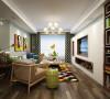在室内设计中电视背景墙是设计的着重,电视墙的造型是根据欧式的壁炉为原型,配合白色的文化砖和实木开放漆隔断的运用,来达到一个比较好的效果