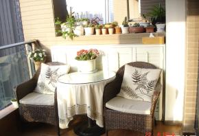 简约 混搭 三居 白领 80后 小资 美式 阳台图片来自佰辰生活装饰在温馨舒适美式家的分享