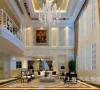 鑫苑现代城220平复式装修简欧案例——沙发布局效果图。沙发简洁个性,突出欧式主题。