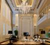 鑫苑现代城220平复式装修简欧案例——电视背景墙,融入了现代的生活元素。欧式的居室有的不只是豪华大气,更多的是惬意和浪漫。