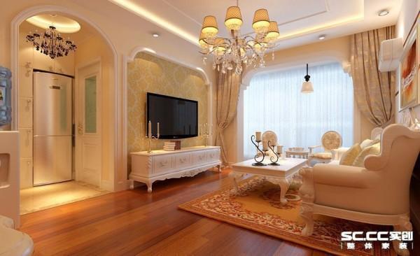 客厅:在家居运用白色就是欧式风格最好的诠释,既含蓄又饱满,既内敛又耐看。白色沙发绝对时城中潮人的不二选择。