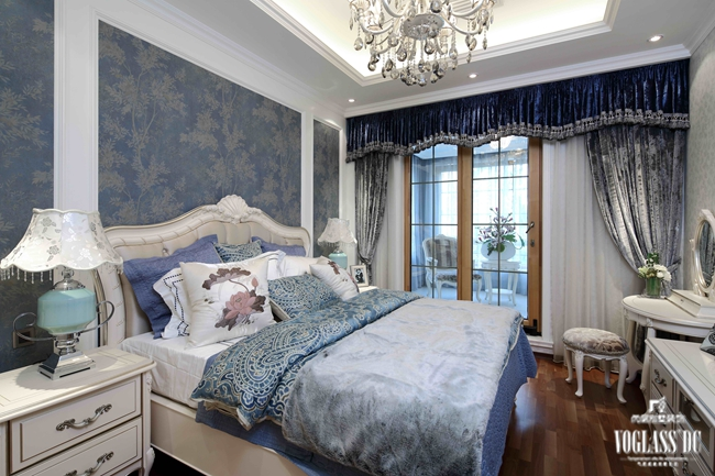 卧室图片来自成都尚层别墅装饰装修公司在田园风格作品的分享