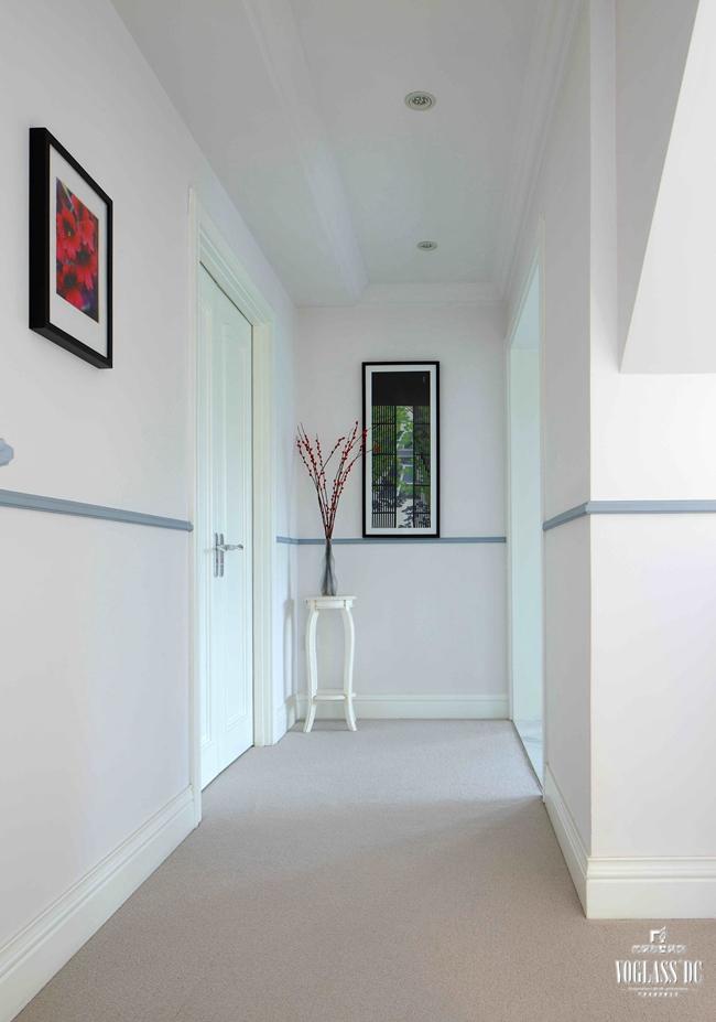 玄关图片来自成都尚层别墅装饰装修公司在现代简美风格作品的分享