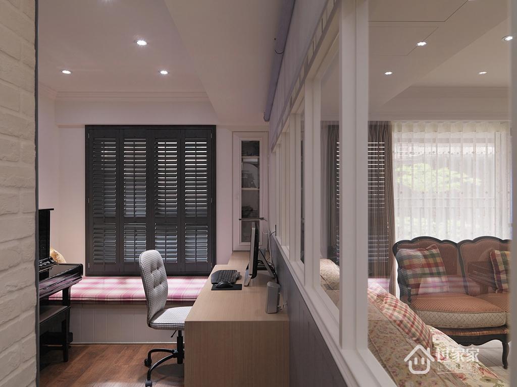 三居 小资 80后 旧房改造 白领 书房图片来自过家家装饰在打造理想的乡村风格生活的分享
