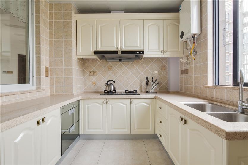 厨房图片来自鸿扬家装武汉分公司在欧陆风情之暖心居家的分享