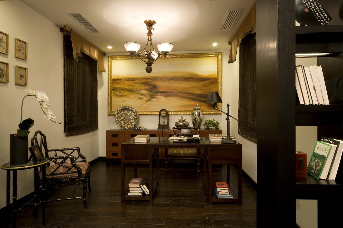 三居 白领 收纳 80后 小资 温馨 书房图片来自合肥生活家在天下锦城三居中式风格的分享