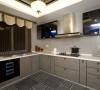 生活家装饰厨房装修效果图-对于现代中式风格的厨房来说,我们在设计上不仅要保留传统的中国文化,还要在传统中得到发展。这款厨房的设计整体空间感十分大气,整个厨房在颜色上都是木质的色彩!