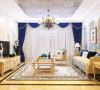 欧式的居室有的不只是豪华大气,更多的是意境和浪漫。通过完美的曲线,精益求精的细节处理,带给家人不尽的舒适触感,实际上和谐是欧式风格的最高境界。