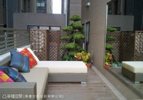 二居 简约 新古典 收纳 欧式 阳台图片来自幸福空间在60平新古典 城市中的桃花源的分享
