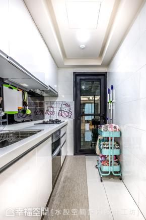 三居 简约 现代 新古典 温馨 厨房图片来自幸福空间在微古典100平现代生活的温馨主张的分享