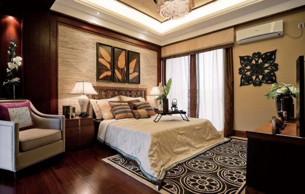 卧室装修,同样以实木为主,特色在于装饰画上,叶子的原木色的装饰画,展示出浓浓的自然气息