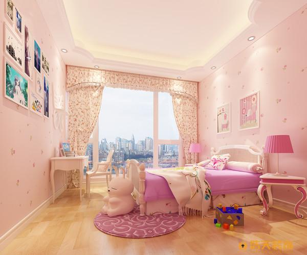 有一个宝贝女儿,已经装修过两套房子了,业主对风水很有讲究,广东惠州人。设计理念整个空间是一种欧美结合的风格,业主成熟稳重是做生意的。