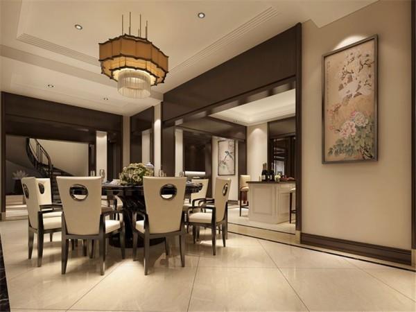 """餐厅的设计,古香古色,圆形的餐桌,体现中华的团圆氛围,形如灯笼的吊顶,与牡丹花相互辉映,增加""""韵味"""""""