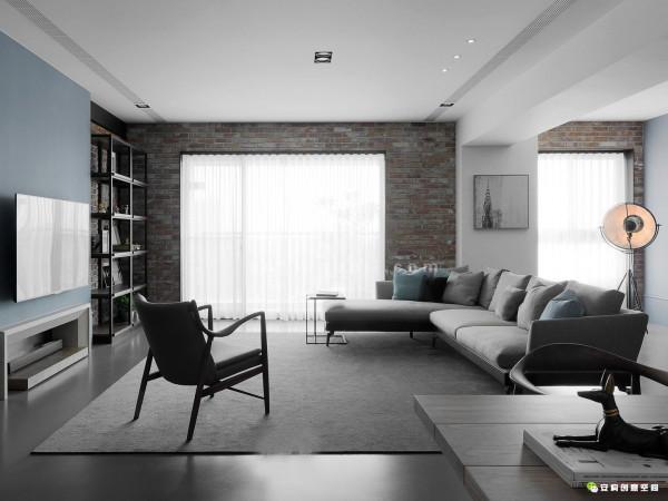 空间内良好的动线机能规划,材质与光线的演绎,造型分割的比例,计画性的照明,甚至于家具摆饰的挑选以及搭配空间的形象设计,都体现了设计师的功底!